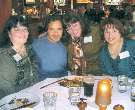 With Kathy, Christy, Gina © 2006 Sheena