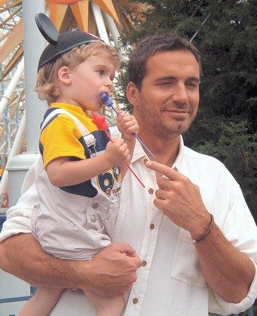 Thorsten with Walker Fleming © 2003 Heidi